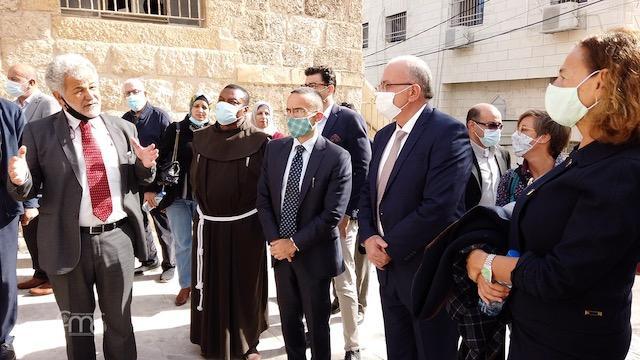 Prace renowacyjne przy grobie Łazarza: wizyta włoskiego konsula w Betanii