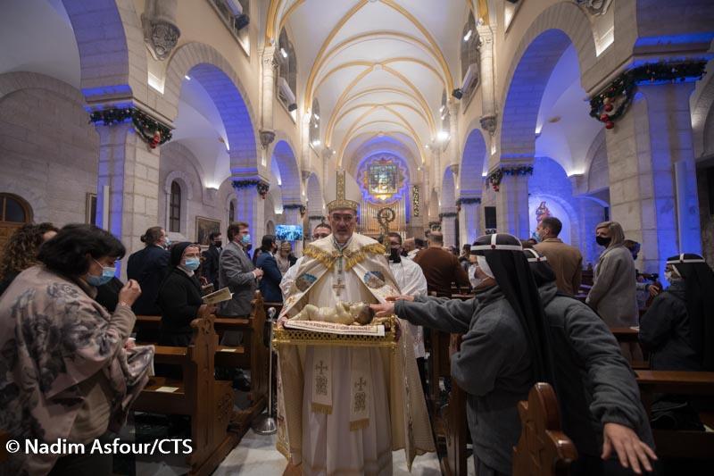 Betlejem: Wigilia Bożego Narodzenia w miejscu narodzenia Jezusa